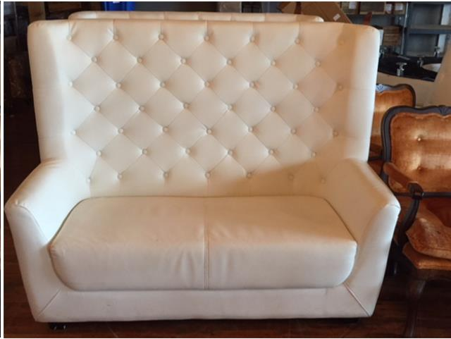 Where to find White Leather Tufted Loveseat in Grand Rapids